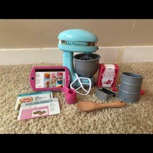 *RETIRED* American Girl Grace's Baking Set